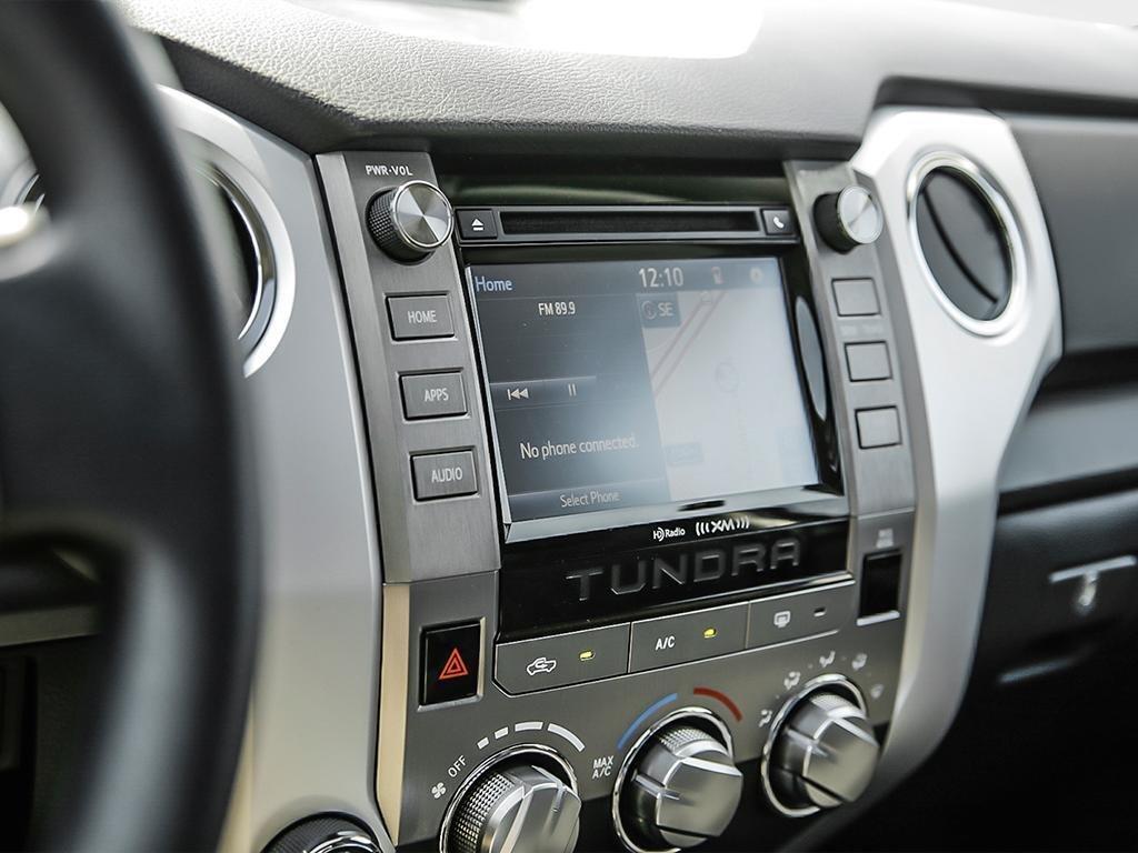 Toyota Tundra 4x4 CrewMax SR5 Plus 5.7 6A 2019 à Verdun, Québec - 23 - w1024h768px