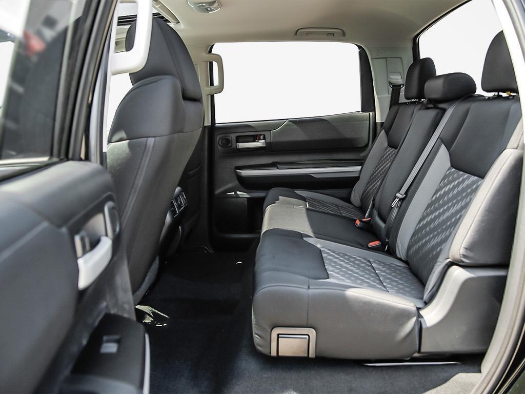Toyota Tundra 4x4 CrewMax SR5 Plus 5.7 6A 2019 à Verdun, Québec - 21 - w1024h768px