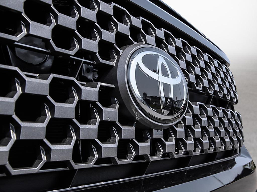 Toyota Tundra 4x4 CrewMax SR5 Plus 5.7 6A 2019 à Verdun, Québec - 9 - w1024h768px