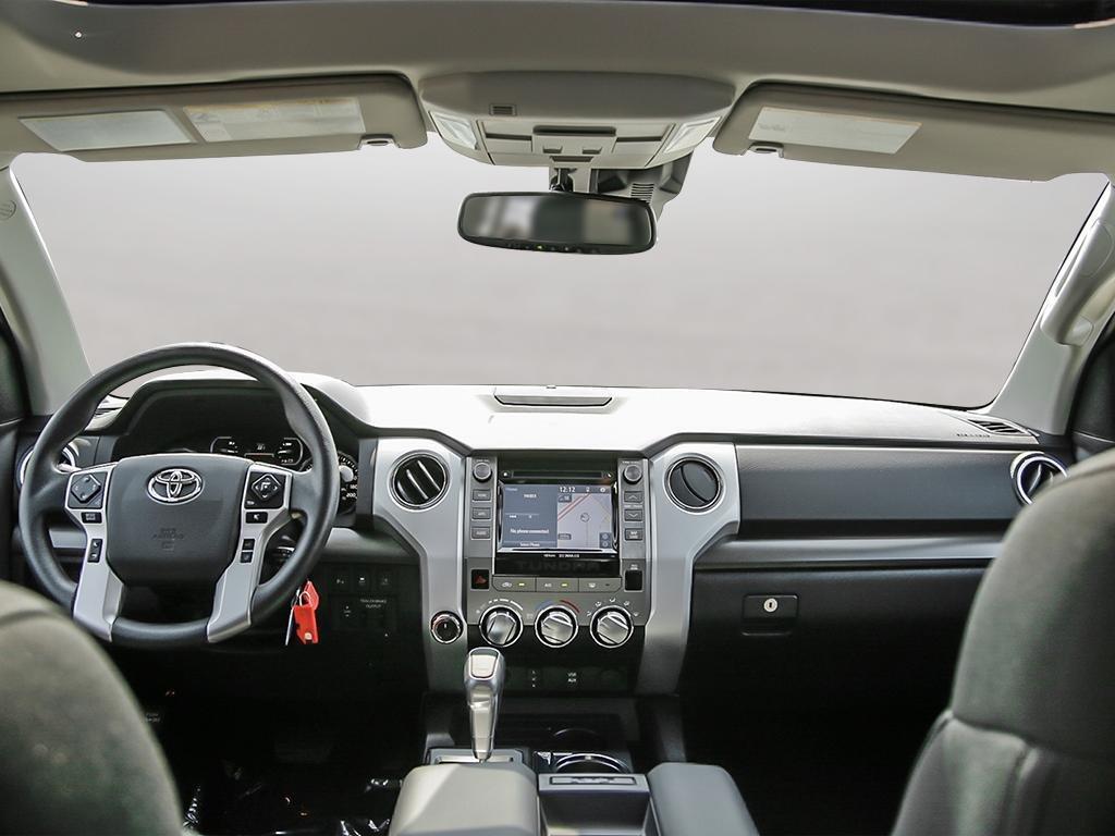 Toyota Tundra 4x4 CrewMax SR5 Plus 5.7 6A 2019 à Verdun, Québec - 22 - w1024h768px