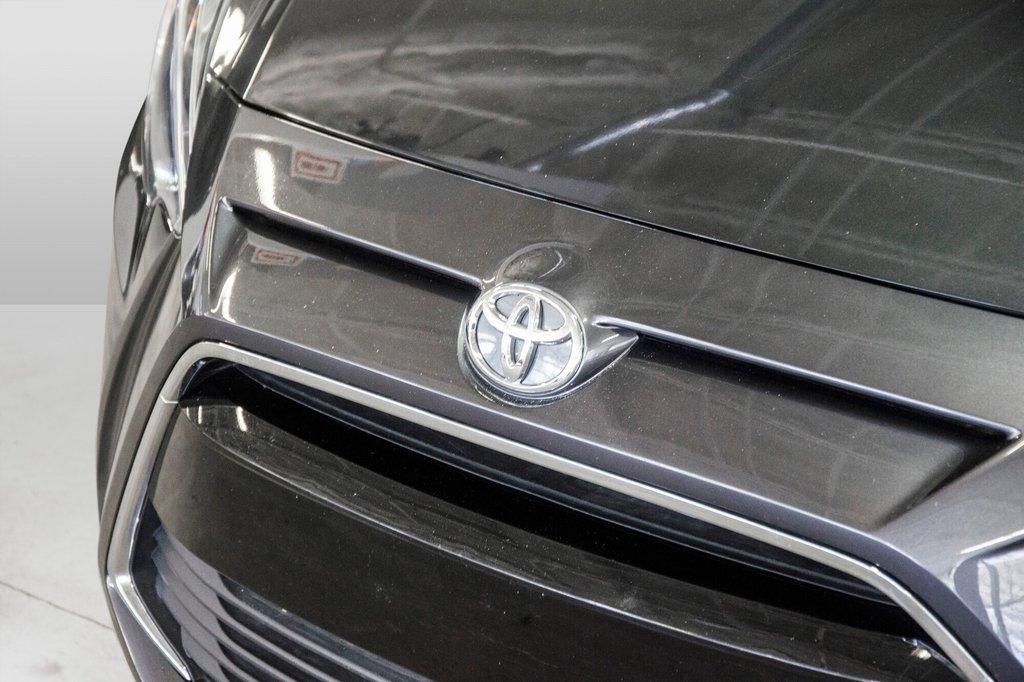 2017 Toyota Yaris 4-Door Sedan 6AT in Verdun, Quebec - 33 - w1024h768px