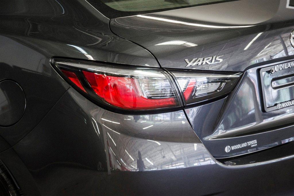 2017 Toyota Yaris 4-Door Sedan 6AT in Verdun, Quebec - 34 - w1024h768px