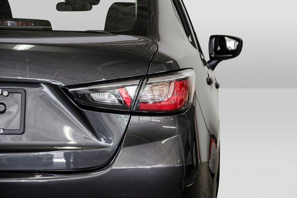 2017 Toyota Yaris 4-Door Sedan 6AT in Verdun, Quebec - 32 - w1024h768px