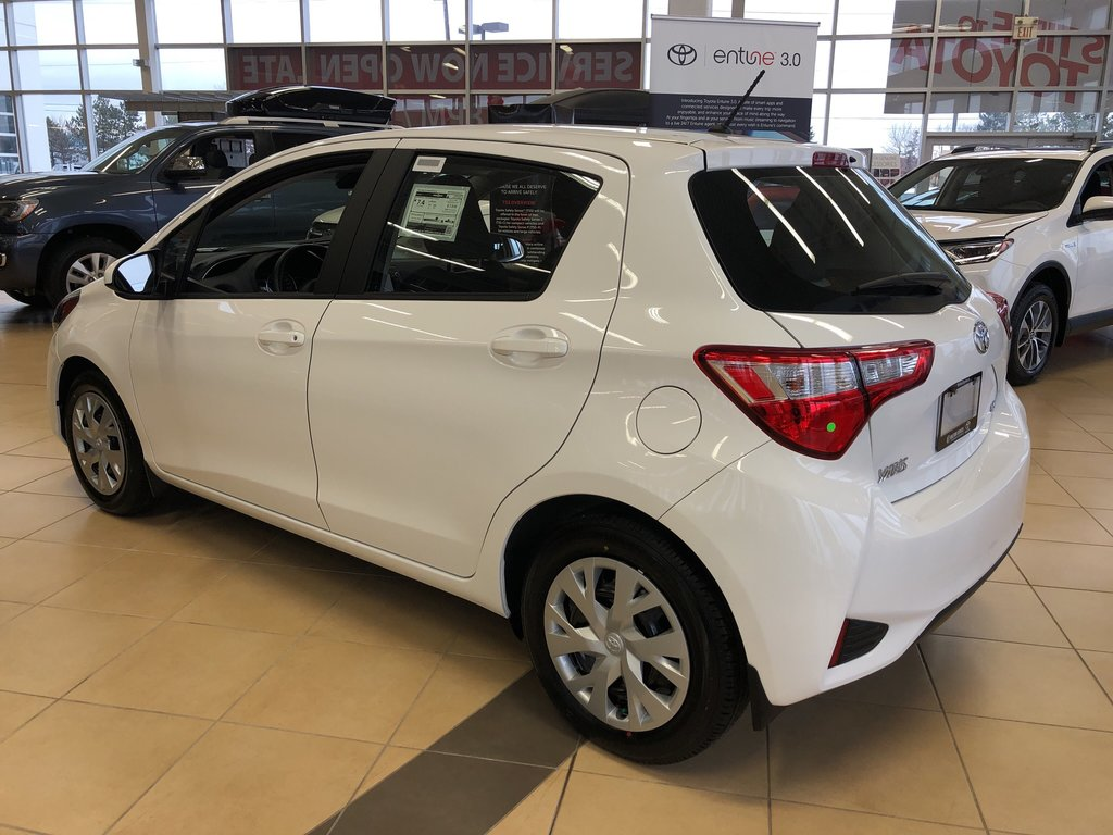 2019 Toyota Yaris Hatchback LE in Bolton, Ontario - 5 - w1024h768px