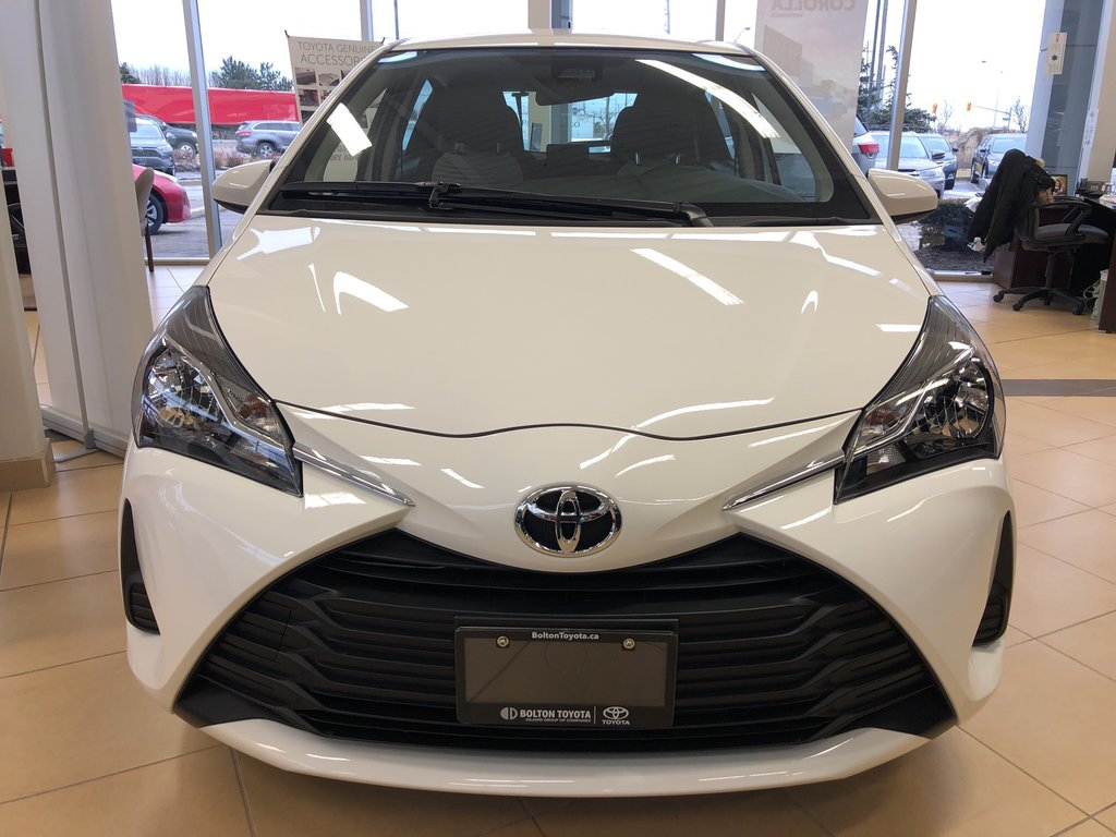 2019 Toyota Yaris Hatchback LE in Bolton, Ontario - 2 - w1024h768px