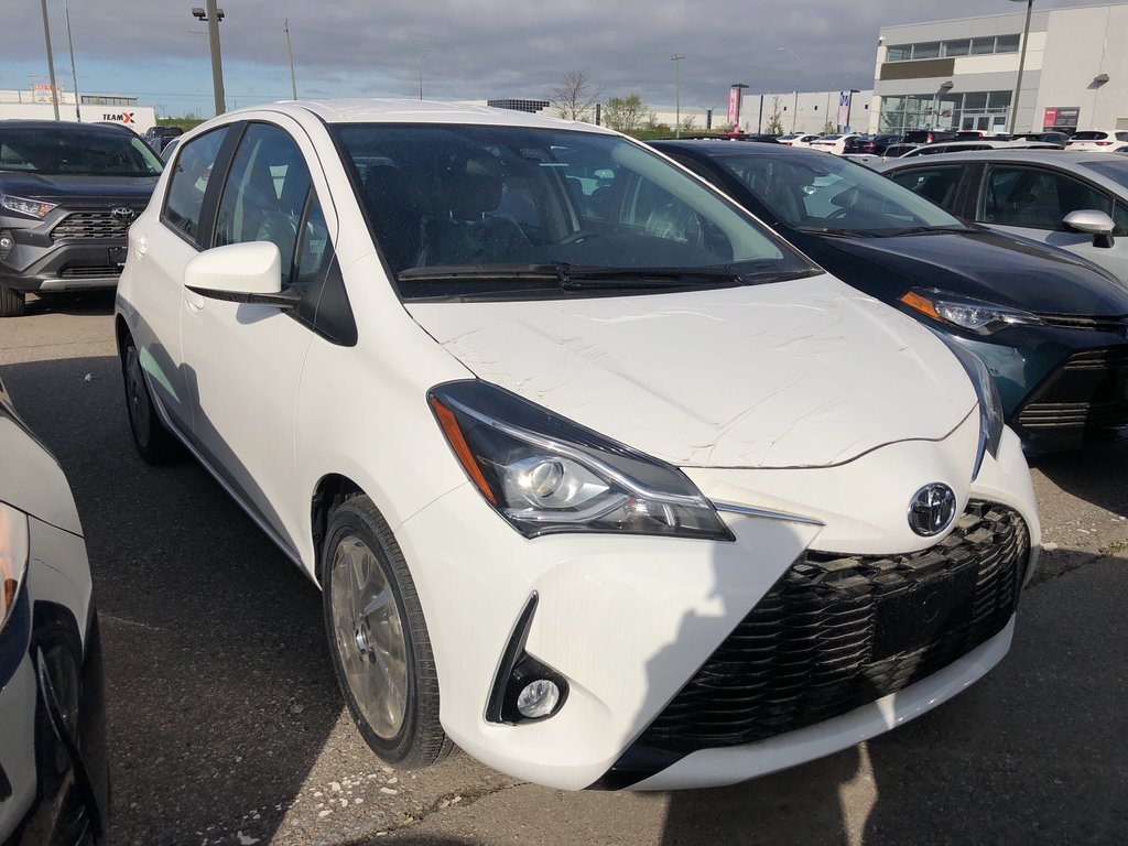 2019 Toyota Yaris Hatchback SE in Bolton, Ontario - 2 - w1024h768px