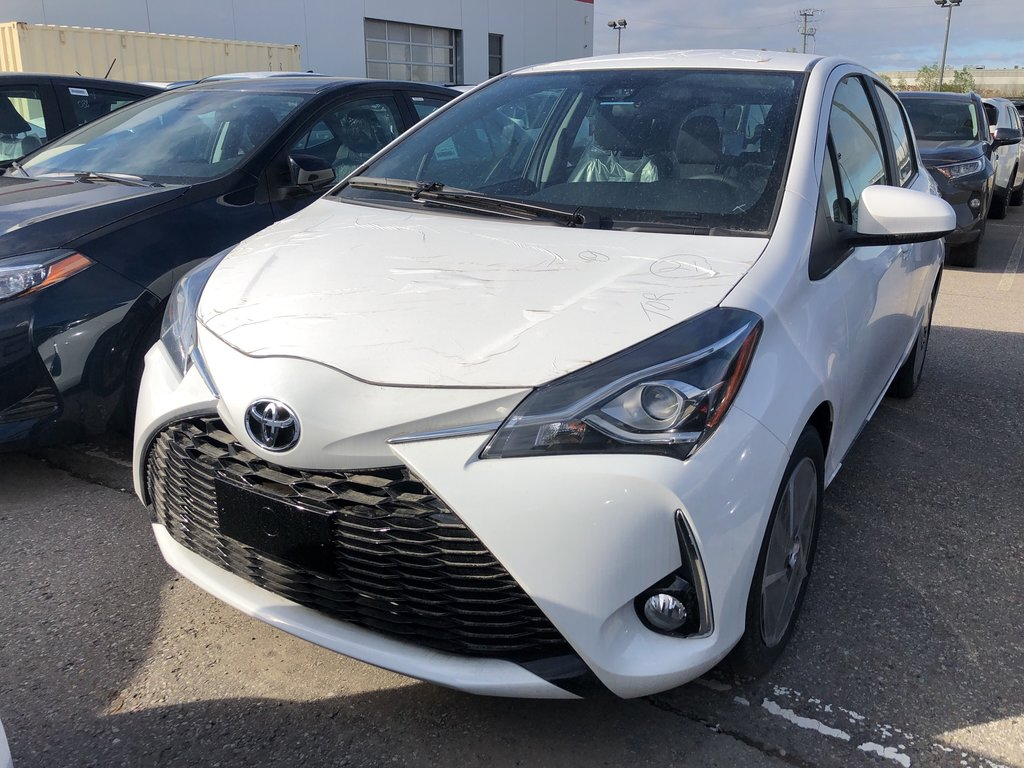 2019 Toyota Yaris Hatchback SE in Bolton, Ontario - 1 - w1024h768px