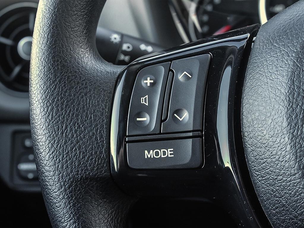 Toyota Yaris 5 Dr LE Htbk 4A 2019 à Verdun, Québec - 15 - w1024h768px