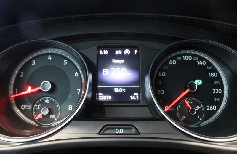 2018 Volkswagen Atlas Comfortline 3.6L 8sp at w/Tip 4MOTION in Regina, Saskatchewan - 2 - w1024h768px