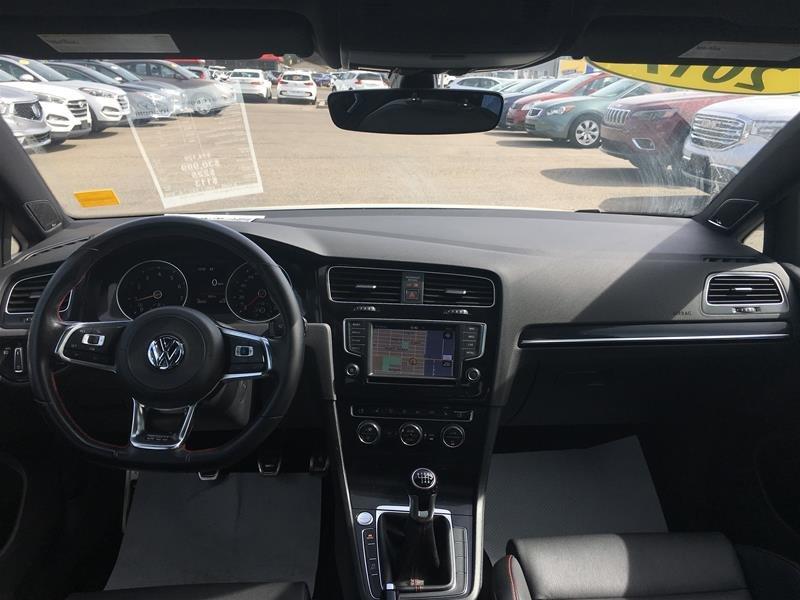 2017 Volkswagen Golf GTI 5-Dr 2.0T Autobahn 6sp in Regina, Saskatchewan - 10 - w1024h768px