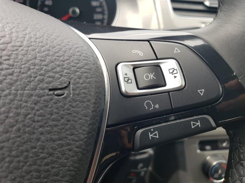 2015 Volkswagen Golf 5-Dr 2.0 TDI Trendline DSG at Tip in Mississauga, Ontario - 11 - w1024h768px
