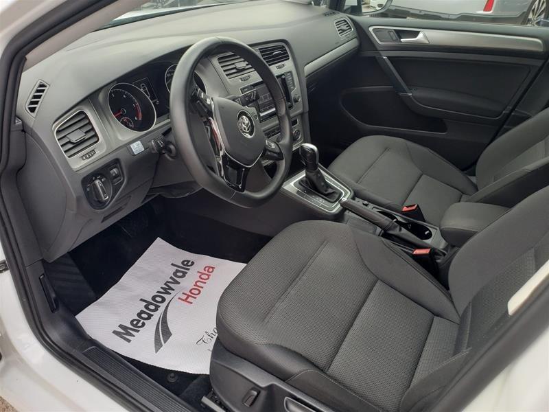 2015 Volkswagen Golf 5-Dr 2.0 TDI Trendline DSG at Tip in Mississauga, Ontario - 9 - w1024h768px