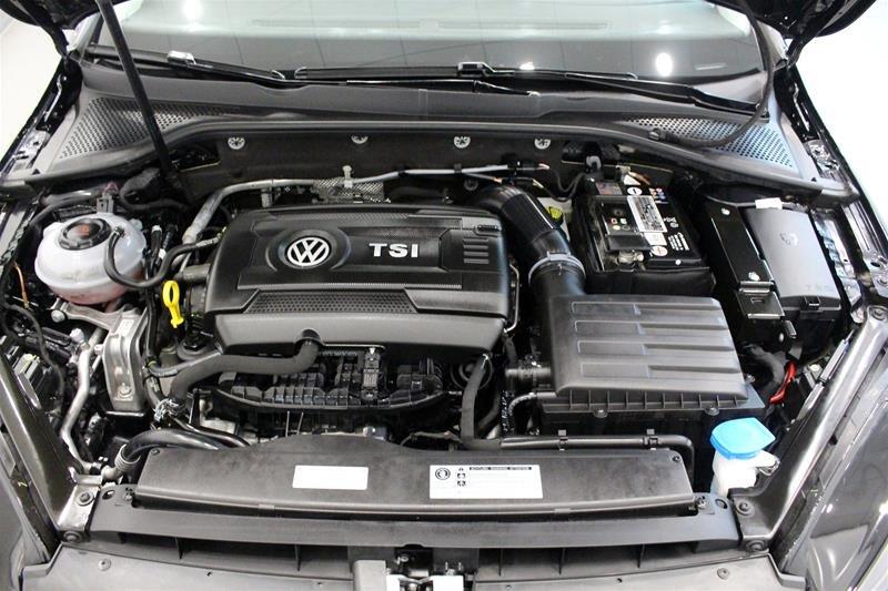 2018 Volkswagen Golf 5-Dr 1.8T Trendline 6sp at w/Tip in Regina, Saskatchewan - 18 - w1024h768px