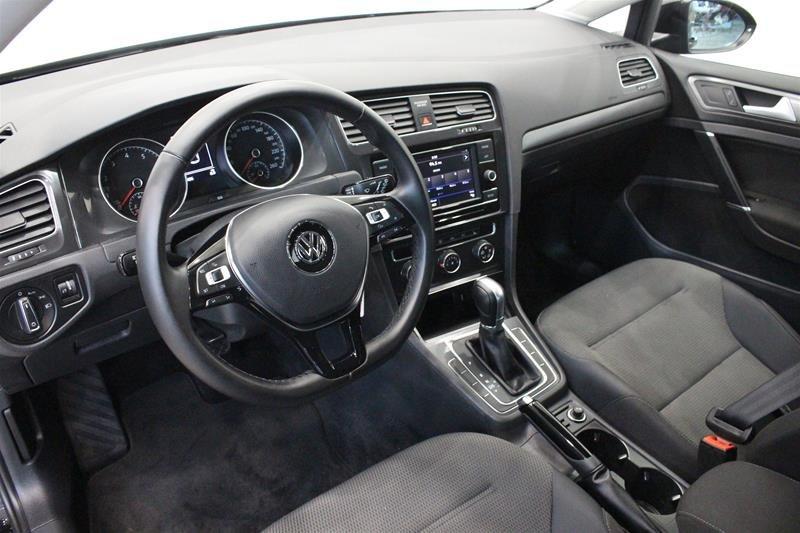 2018 Volkswagen Golf 5-Dr 1.8T Trendline 6sp at w/Tip in Regina, Saskatchewan - 9 - w1024h768px