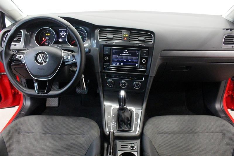 2018 Volkswagen Golf 5-Dr 1.8T Trendline 6sp at w/Tip in Regina, Saskatchewan - 15 - w1024h768px