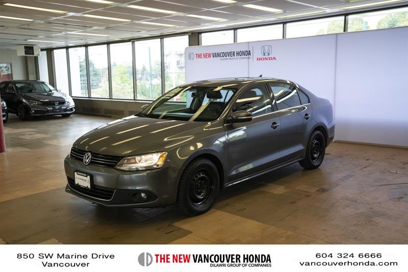 2012 Volkswagen Jetta Highline 2.5 6sp at w/Tip in Vancouver, British Columbia - 1 - w1024h768px