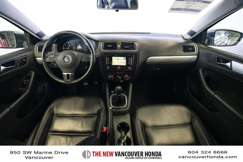 2012 Volkswagen Jetta Highline 2.5 6sp at w/Tip in Vancouver, British Columbia - 13 - w1024h768px