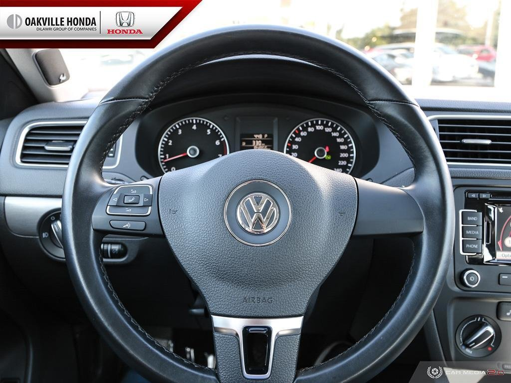 2014 Volkswagen Jetta Highline 1.8T 6sp at w/Tip in Oakville, Ontario - 14 - w1024h768px