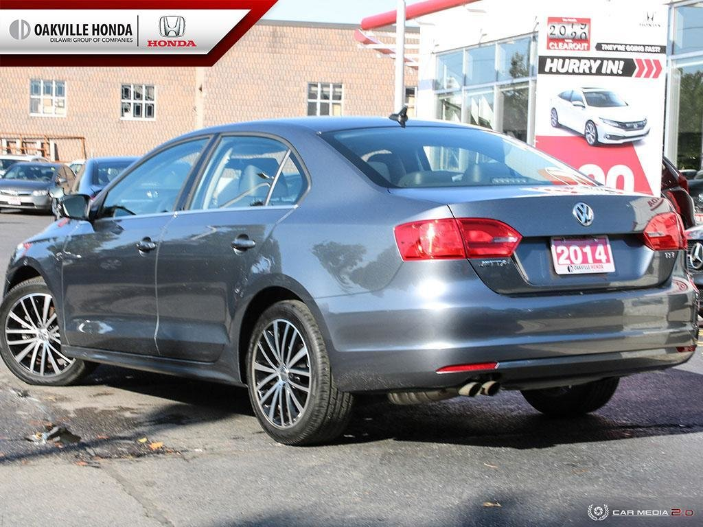 2014 Volkswagen Jetta Highline 1.8T 6sp at w/Tip in Oakville, Ontario - 4 - w1024h768px