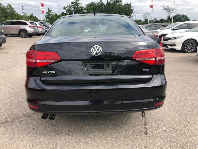 2015 Volkswagen Jetta Highline 2.0 TDI 6sp DSG at Tip in Mississauga, Ontario - 23 - w1024h768px