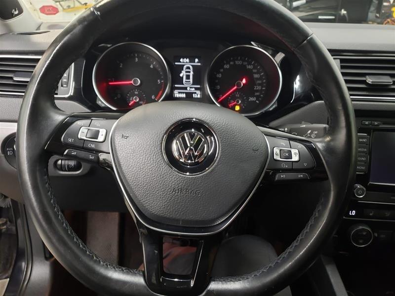 2015 Volkswagen Jetta Highline 2.0 TDI 6sp DSG at Tip in Mississauga, Ontario - 10 - w1024h768px