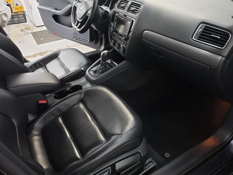 2015 Volkswagen Jetta Highline 2.0 TDI 6sp DSG at Tip in Mississauga, Ontario - 31 - w1024h768px