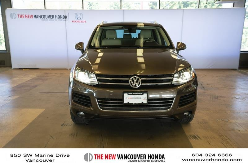 2014 Volkswagen Touareg Execline 3.0 TDI 8sp at Tip 4M in Vancouver, British Columbia - 2 - w1024h768px