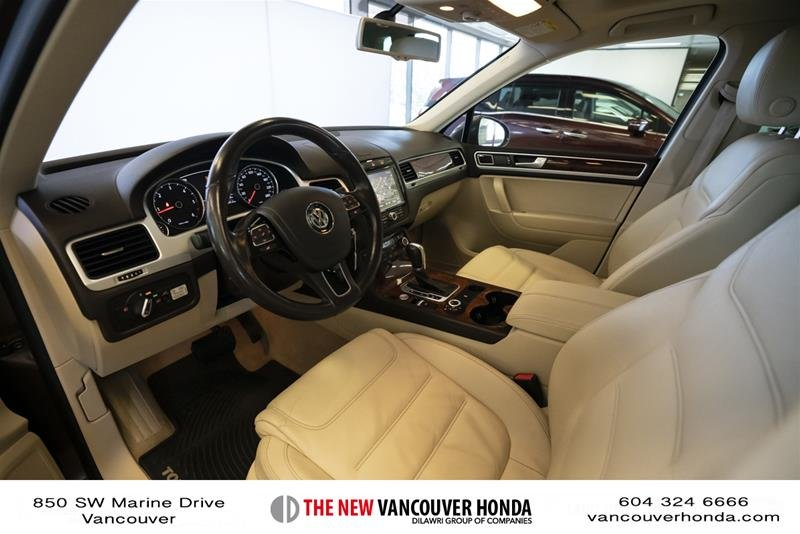2014 Volkswagen Touareg Execline 3.0 TDI 8sp at Tip 4M in Vancouver, British Columbia - 11 - w1024h768px