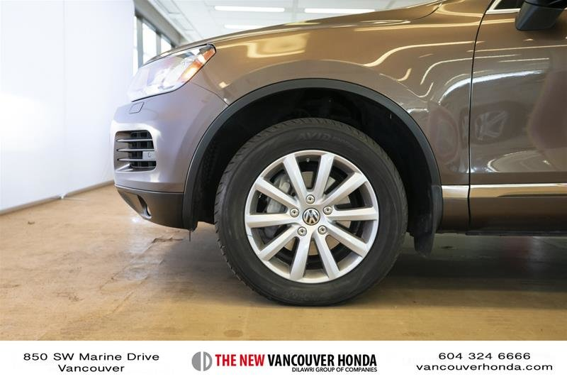 2014 Volkswagen Touareg Execline 3.0 TDI 8sp at Tip 4M in Vancouver, British Columbia - 9 - w1024h768px
