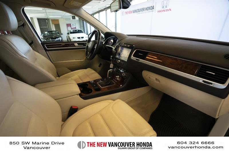 2014 Volkswagen Touareg Execline 3.0 TDI 8sp at Tip 4M in Vancouver, British Columbia - 15 - w1024h768px