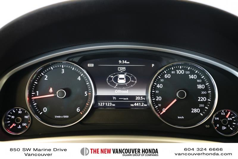 2014 Volkswagen Touareg Execline 3.0 TDI 8sp at Tip 4M in Vancouver, British Columbia - 22 - w1024h768px