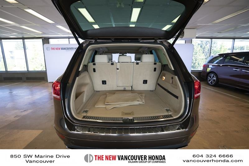 2014 Volkswagen Touareg Execline 3.0 TDI 8sp at Tip 4M in Vancouver, British Columbia - 19 - w1024h768px