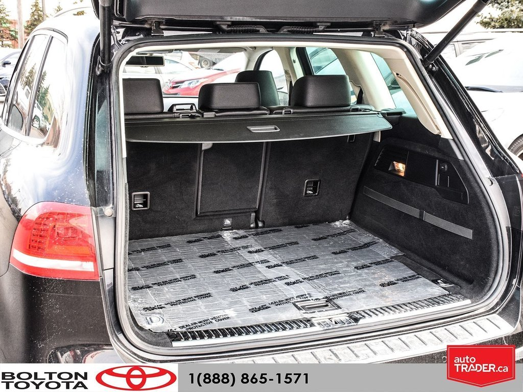 2016 Volkswagen Touareg Comfortline 3.6L 8sp at w/Tip 4M in Bolton, Ontario - 19 - w1024h768px