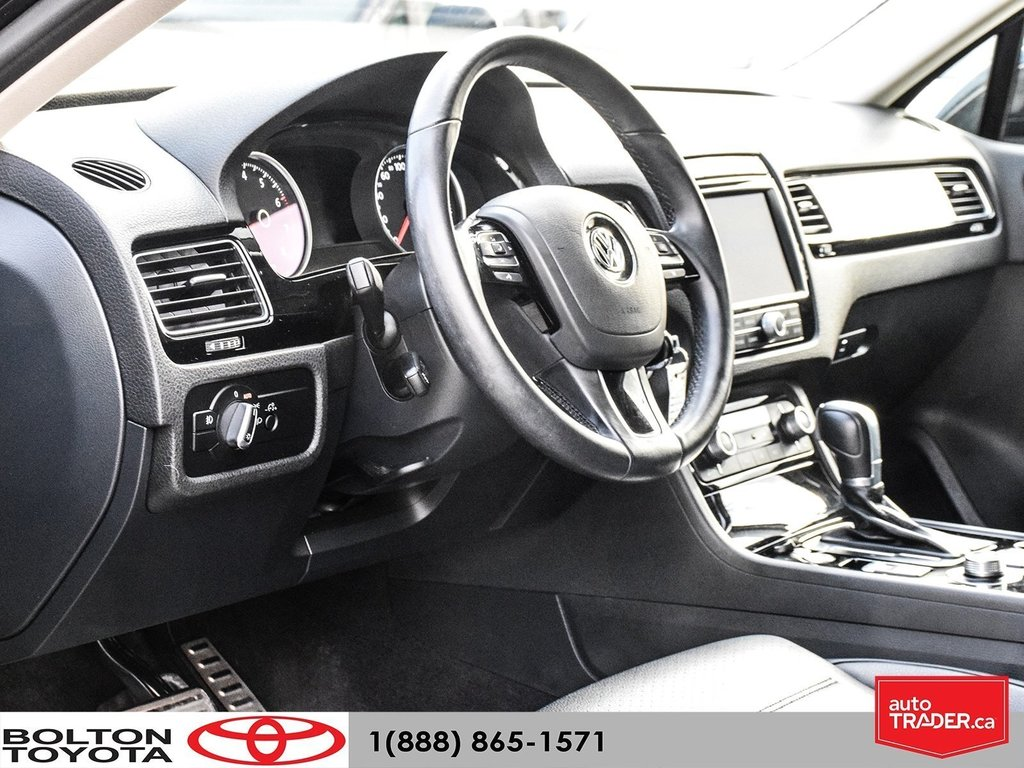2016 Volkswagen Touareg Comfortline 3.6L 8sp at w/Tip 4M in Bolton, Ontario - 6 - w1024h768px