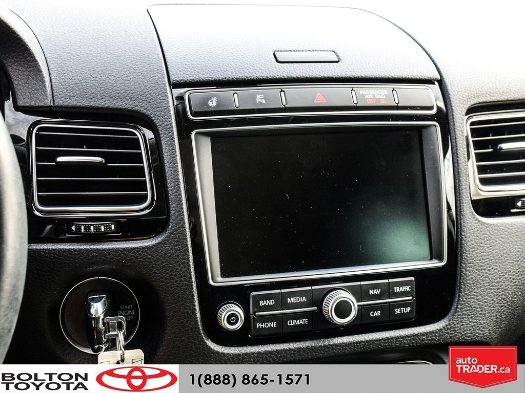 2016 Volkswagen Touareg Comfortline 3.6L 8sp at w/Tip 4M in Bolton, Ontario - 17 - w1024h768px