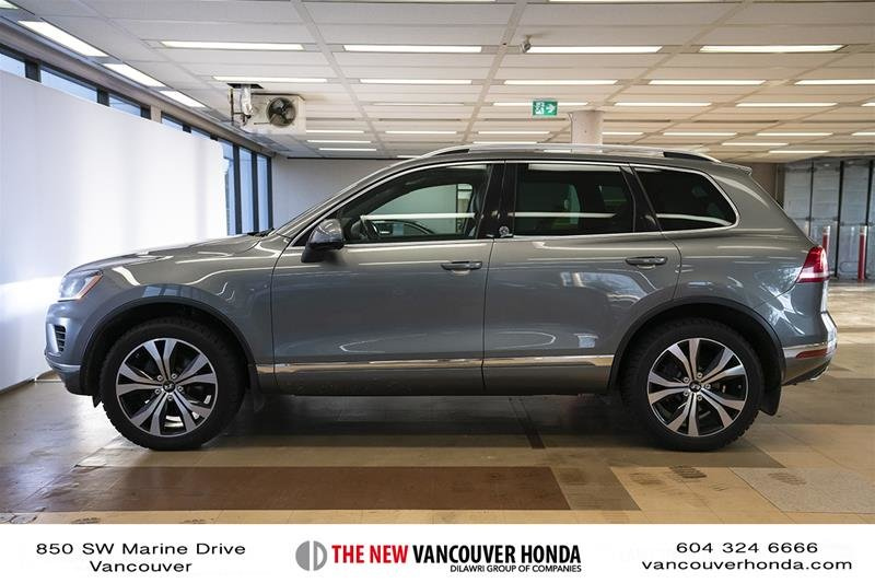 2017 Volkswagen Touareg Wolfsburg Edition 3.6L 8sp at w/Tip 4M in Vancouver, British Columbia - 9 - w1024h768px