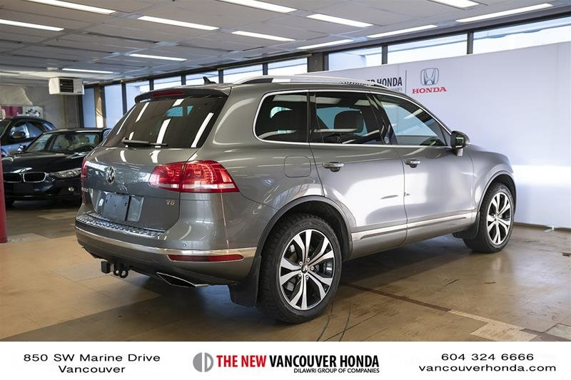2017 Volkswagen Touareg Wolfsburg Edition 3.6L 8sp at w/Tip 4M in Vancouver, British Columbia - 6 - w1024h768px