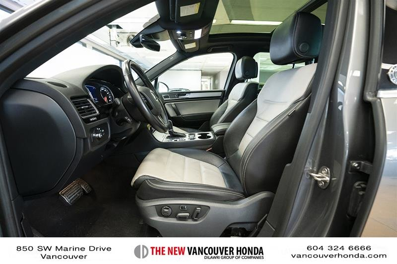 2017 Volkswagen Touareg Wolfsburg Edition 3.6L 8sp at w/Tip 4M in Vancouver, British Columbia - 11 - w1024h768px