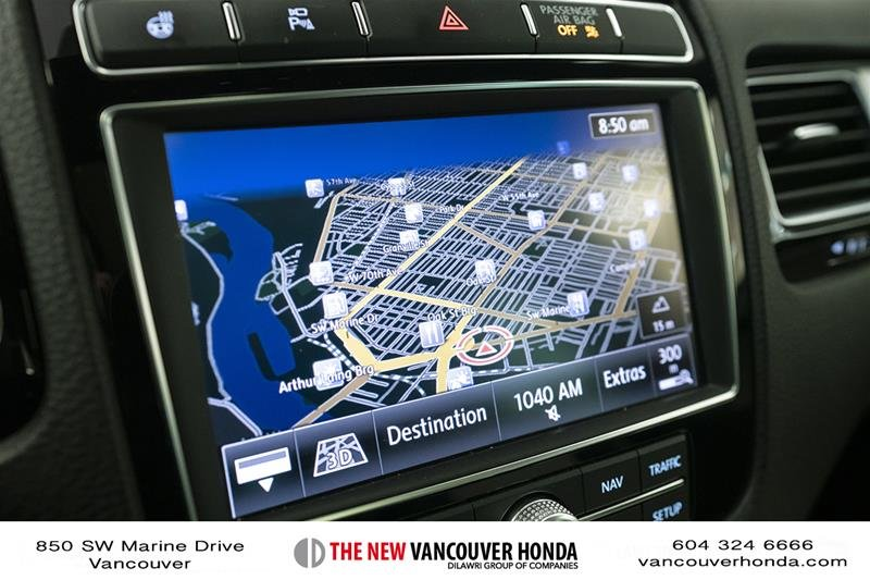 2017 Volkswagen Touareg Wolfsburg Edition 3.6L 8sp at w/Tip 4M in Vancouver, British Columbia - 21 - w1024h768px