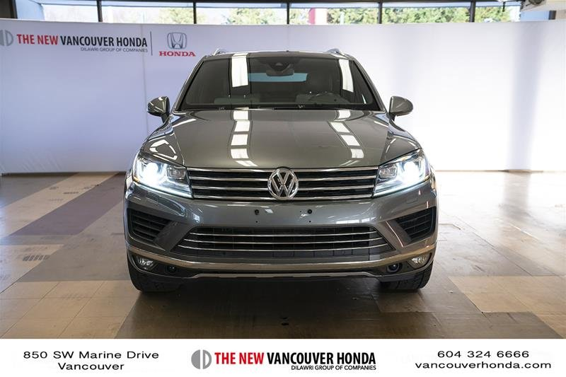 2017 Volkswagen Touareg Wolfsburg Edition 3.6L 8sp at w/Tip 4M in Vancouver, British Columbia - 3 - w1024h768px