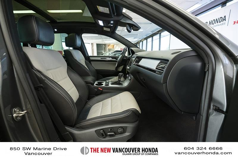2017 Volkswagen Touareg Wolfsburg Edition 3.6L 8sp at w/Tip 4M in Vancouver, British Columbia - 18 - w1024h768px