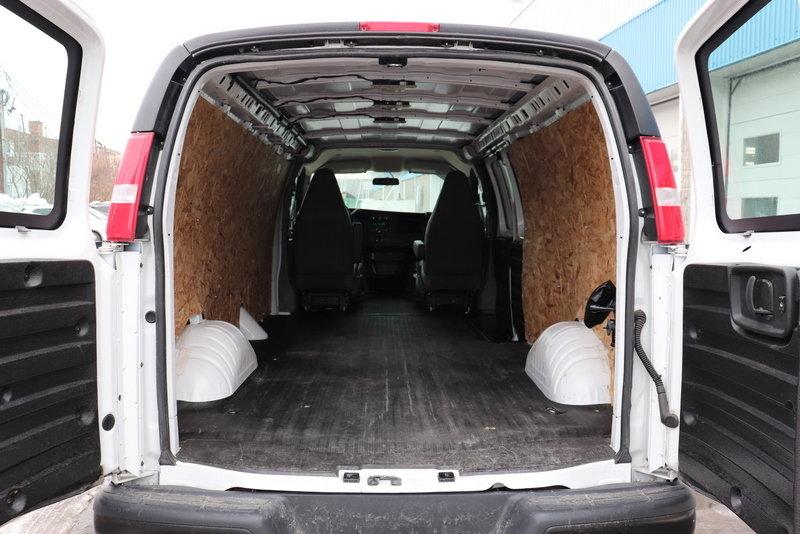 Le Relais Chevrolet 2019 Chevrolet Express Cargo Van Location Maison 109 Par Sem 0 Cash 02900 In Montreal