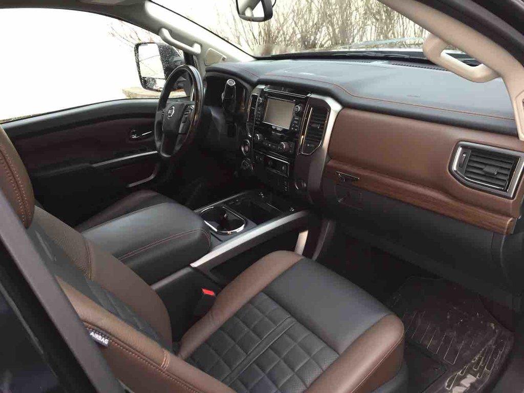 2016 nissan titan xd diesel platinum reserve vendre norauto nissan amos. Black Bedroom Furniture Sets. Home Design Ideas