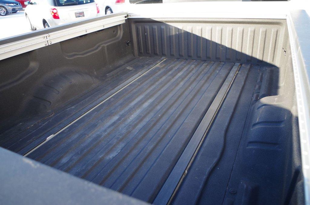 Nissan Titan SV 4x4 BOITE LONGUE