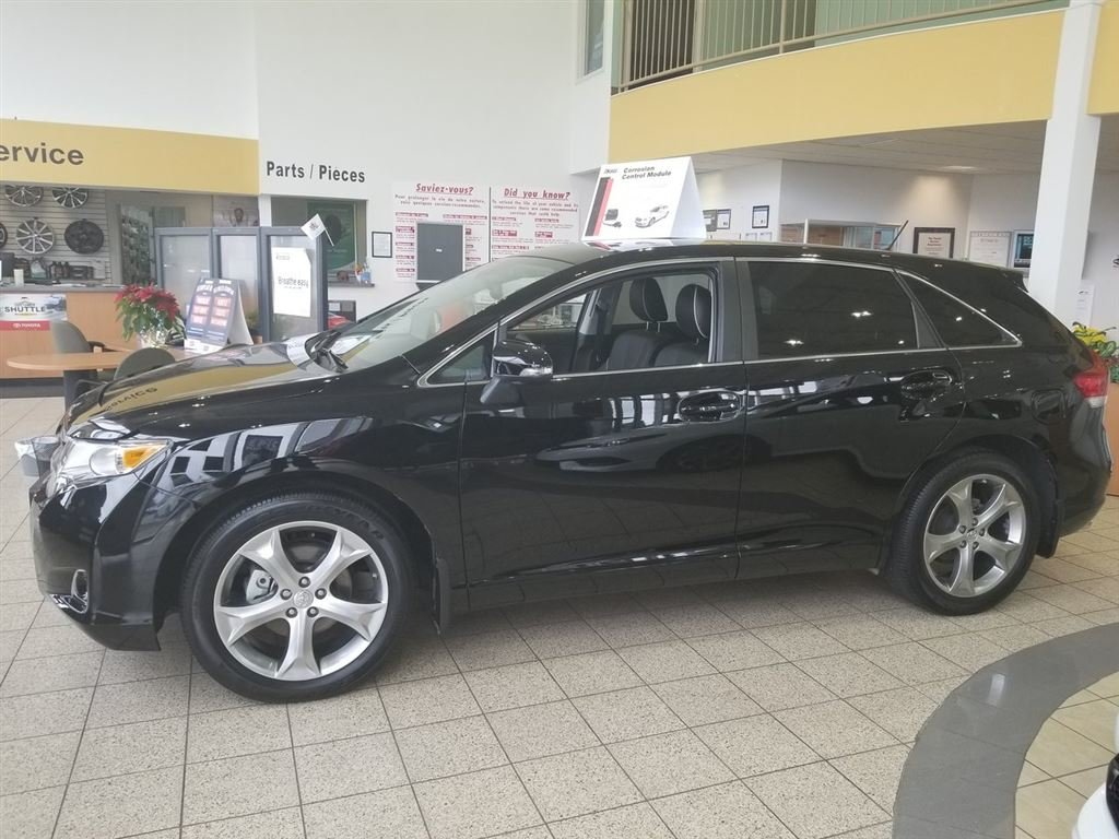 vehicle navigation used all toyota drive inventory in limited wheel sudbury en venza
