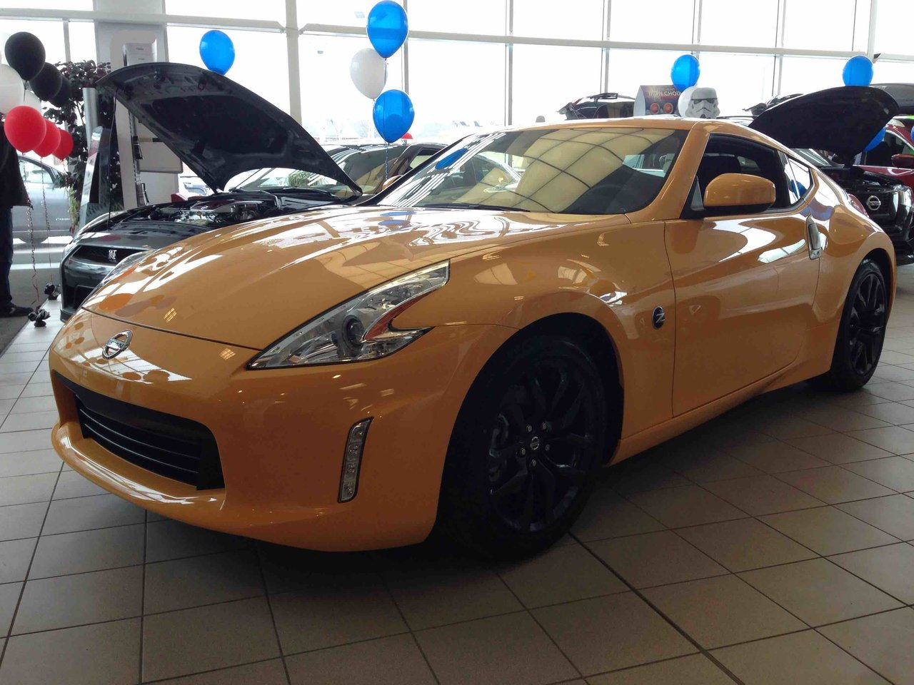 2016 nissan 370z enthusiast edition no frills fun review. Black Bedroom Furniture Sets. Home Design Ideas