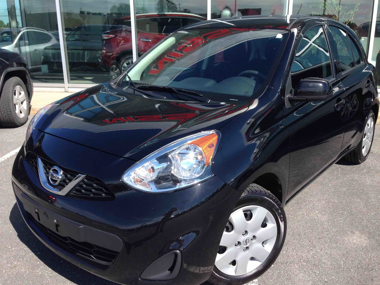 nissan micra 2016 d 39 occasion vendre chez nissan st hyacinthe. Black Bedroom Furniture Sets. Home Design Ideas