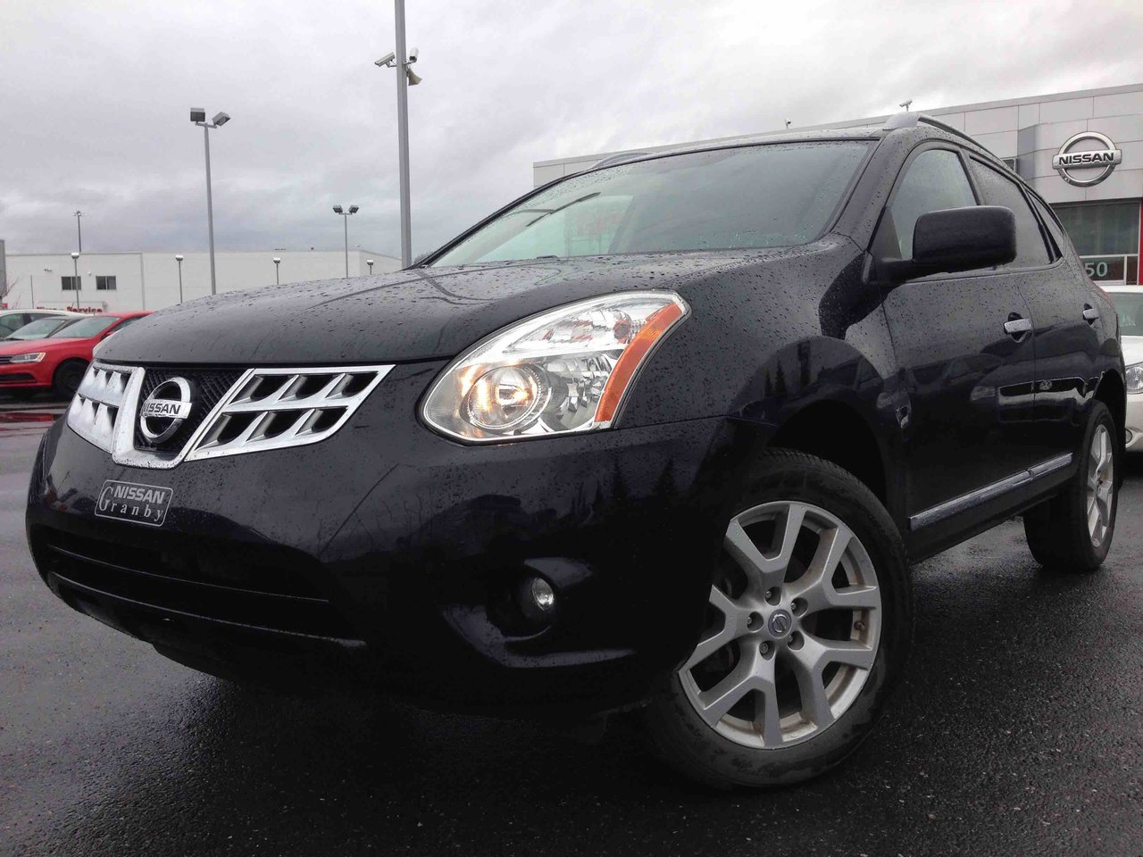 nissan rogue 2013 d 39 occasion vendre chez nissan st hyacinthe. Black Bedroom Furniture Sets. Home Design Ideas