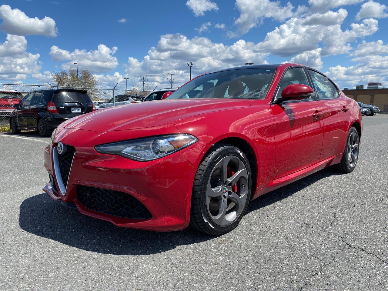 Alfa Romeo Giulia 2017 **AWD, TOIT, CUIR, GPS, BLUETOOTH**