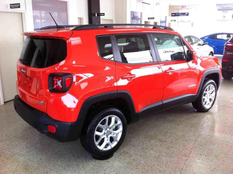 jeep renegade 2015 d 39 occasion vendre chez armand automobiles ltee. Black Bedroom Furniture Sets. Home Design Ideas